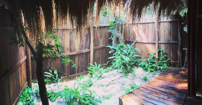 Nhà tắm lộ thiên ở Coto Life